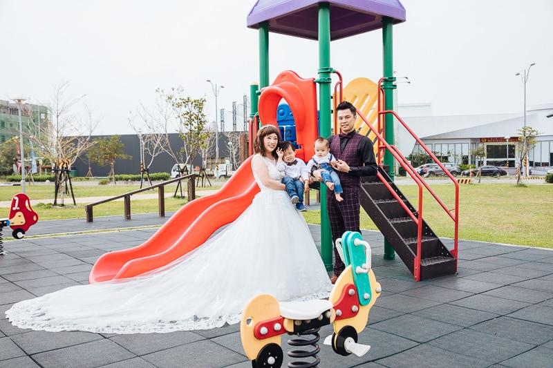 Family4 023 全家福 in Park