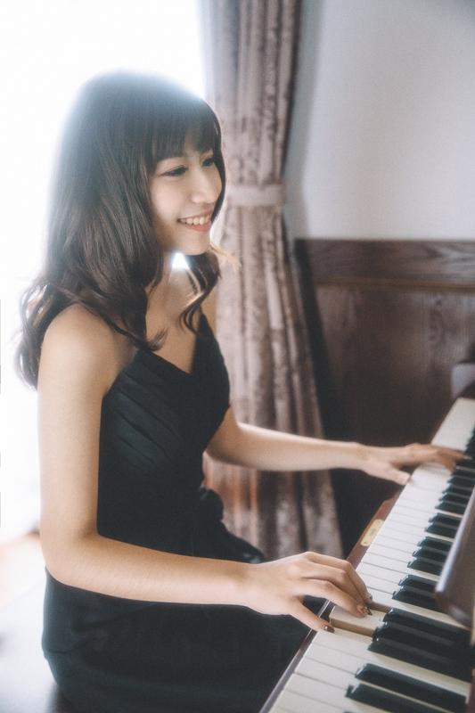 Piano teacher 9 人像寫真-The Final Lesson