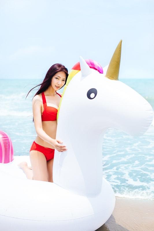 Sexy Beach Bikini Girl 8 人像寫真-汗光演習