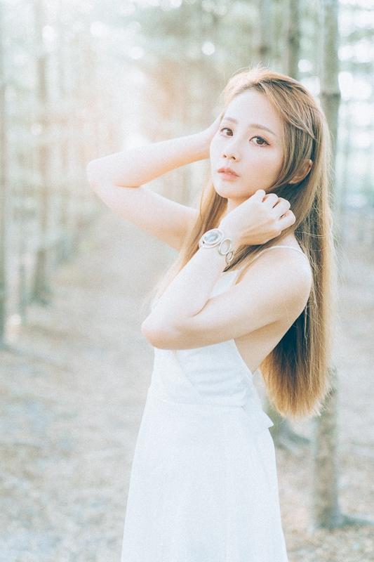 Tianwei girl006 田尾小葉欖仁森林