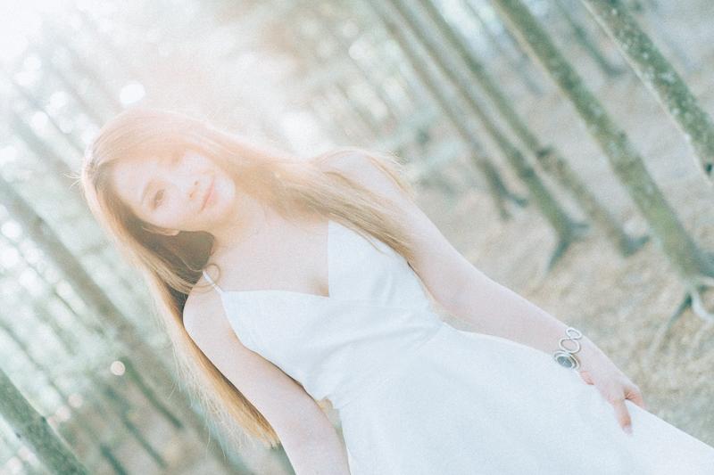 Tianwei girl010 田尾小葉欖仁森林