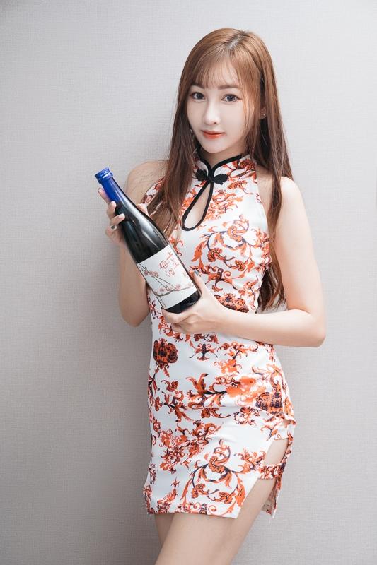 chichi yen endorses Plum wine005 嚴琪琪代言上星梅酒