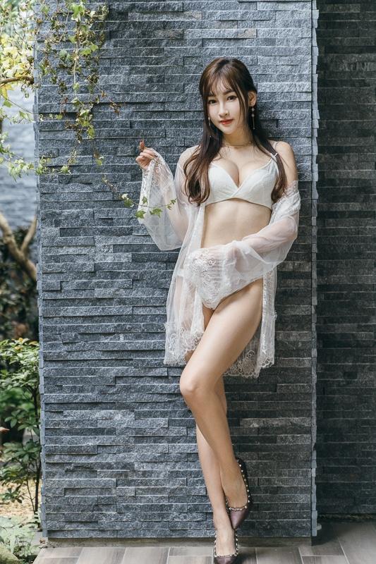 chichi yen in Mulan Motel021 嚴琪琪 in Mulan Motel