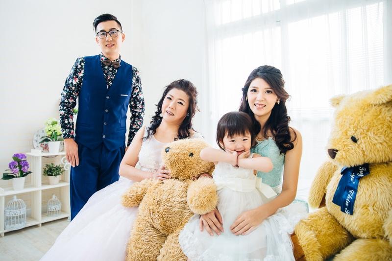 family 1 023 全家福 in 梨花247