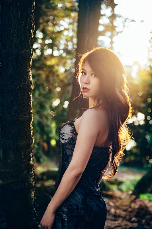 sunset forest bride 6 婚紗寫真-Vera